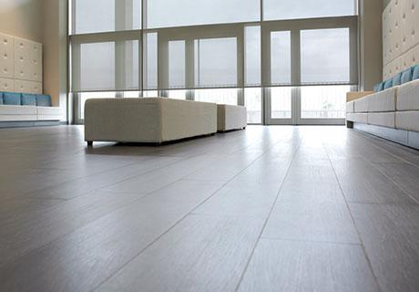 wie plissee am dachfenster leicht zu befestigen ist. Black Bedroom Furniture Sets. Home Design Ideas